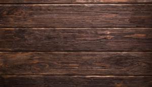 Was sich zur Gestaltung des Hauses anbietet ist insbesondere Holz